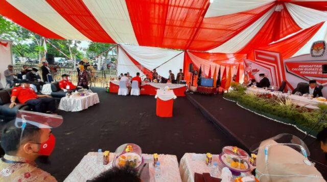 Paslon Rusmin Abdul Gani – Senawan Silondae Daftar dan Memenuhi Syarat di KPU Konawe Selatan